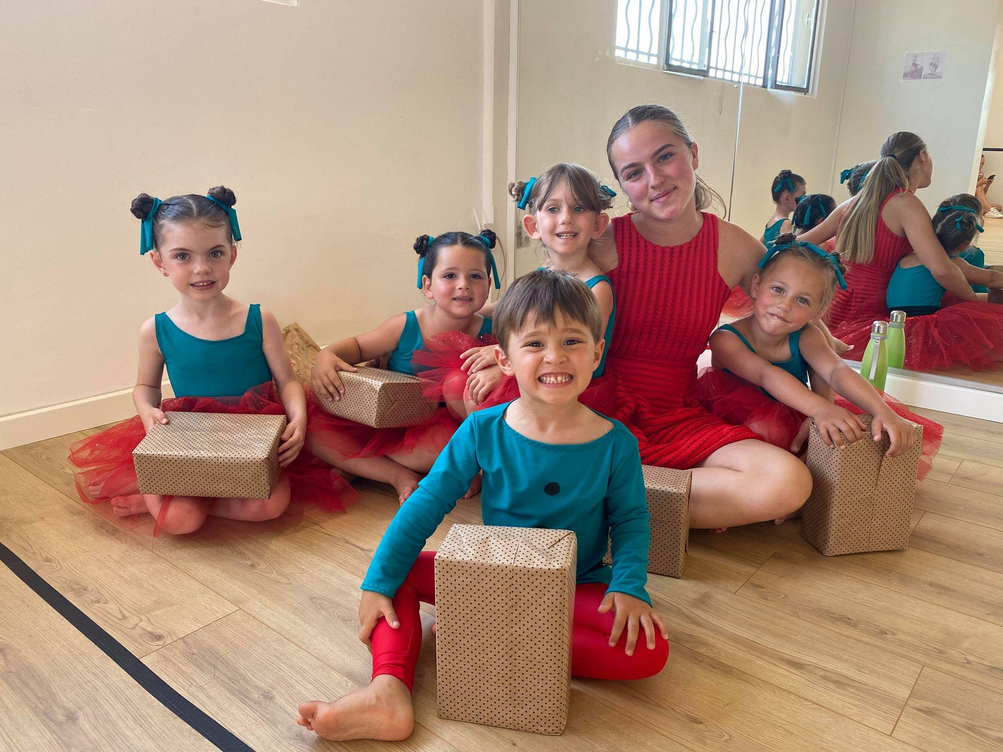 gala de fin d'année 2021 école de danse carla raiess à ollioules